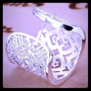 COMING SOON! Sterling silver heart ring. New.